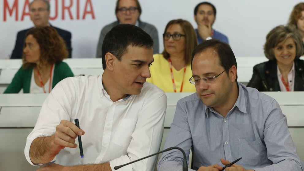 Sánchez reclama a los barones unidad y confianza en él para afrontar el 26-J