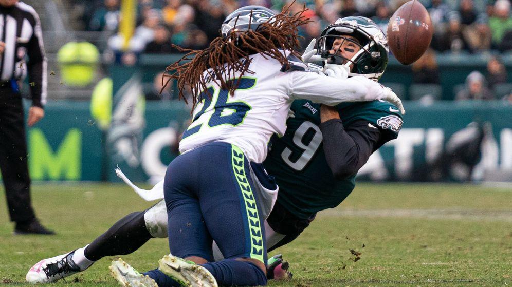 Foto: JJ Arcega-Whiteside (d) en un partido de esta temporada con los Philadelphia Eagles. (USA TODAY Sports)