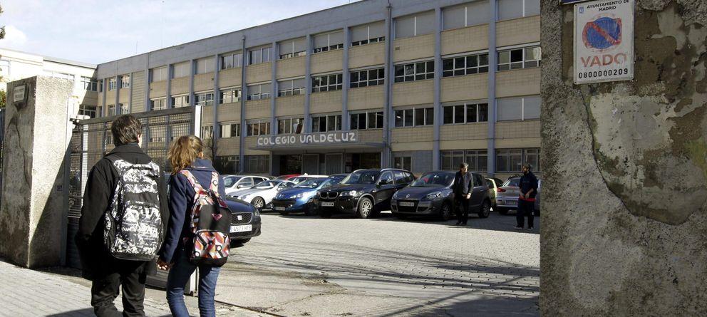 Foto: Vista general de la entrada al Colegio Valdeluz, en Madrid.