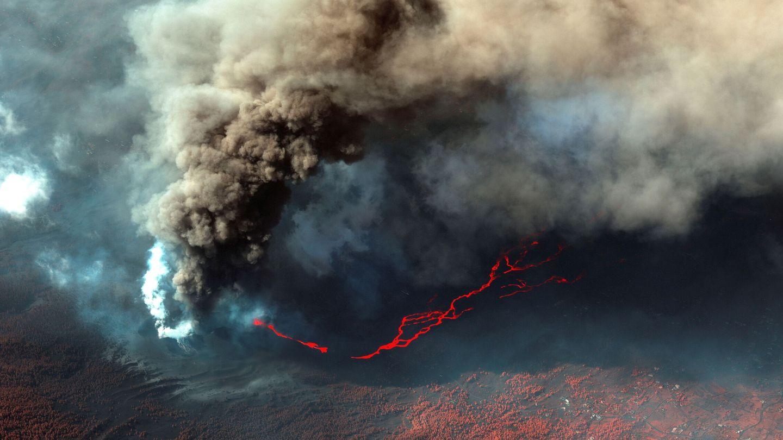 El volcán de Cumbre Vieja desde un satélite. (Reuters)