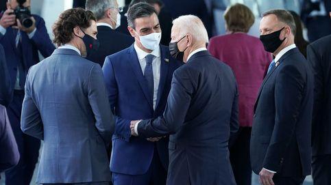 El esperado encuentro entre Biden y Sánchez se limita a un saludo en los pasillos de la OTAN