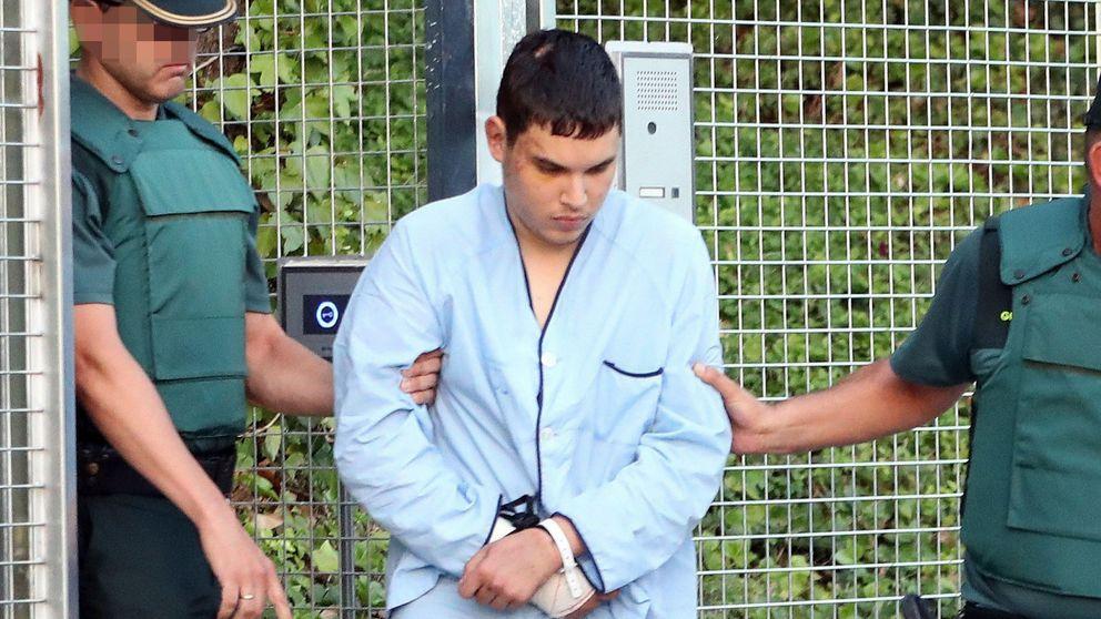 Houili Chemlal, el detenido por los atentados que va en pijama y chanclas