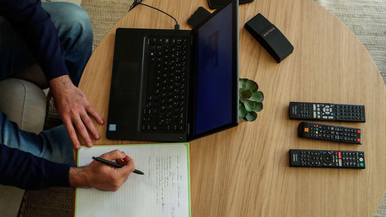 La empresa no puede sancionar al empleado si se cae internet mientras teletrabaja