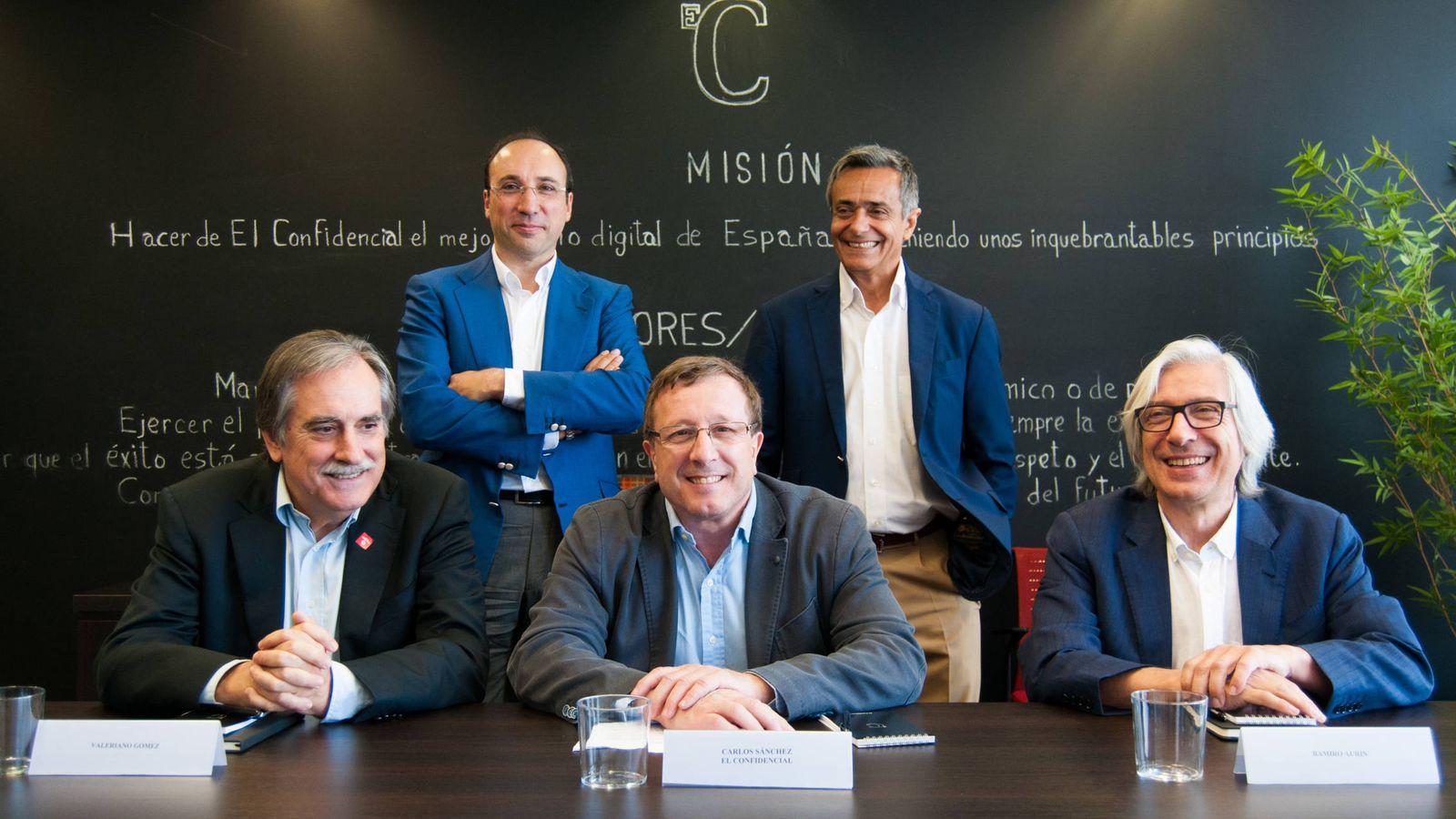 Foto: Mesa redonda de El Confidencial. (C. Castellón)