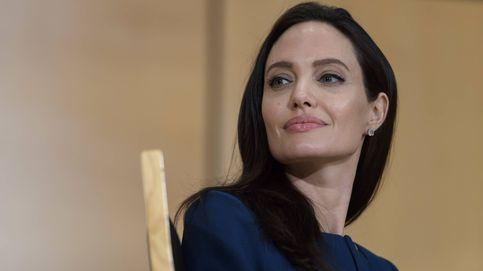 Angelina escandaliza a los británicos por reunirse sin sujetador con un arzobispo