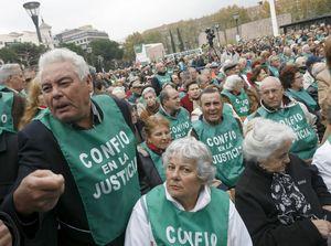 Miles de personas protestan en Madrid por intervenciones de Fórum y Afinsa