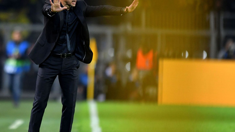 Simeone, durante el Borussia Dortmund-Atlético de Madrid. (EFE)