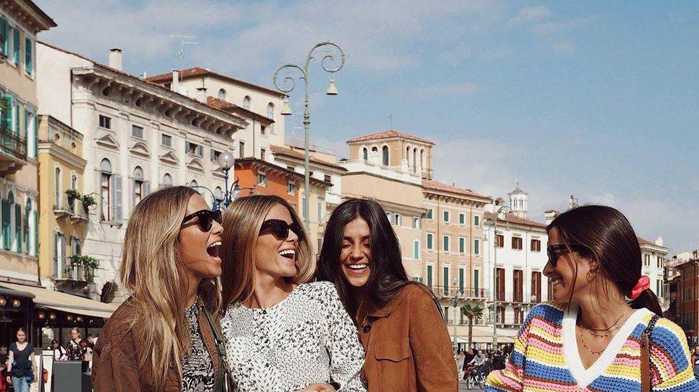 Foto: De izquierda a derecha, María Pombo, Natalia Coll, Maria Gabriela de Jaime y María Frubíes. (@mariapombo)