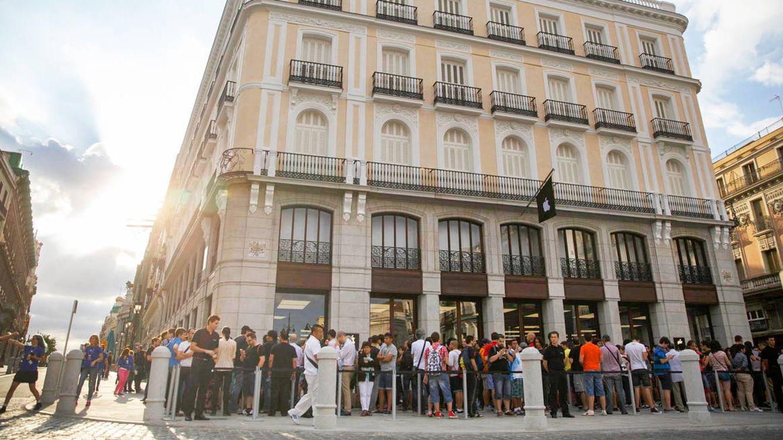La familia mexicana Díaz-Estrada vende el edificio de Apple Store en la Puerta del Sol