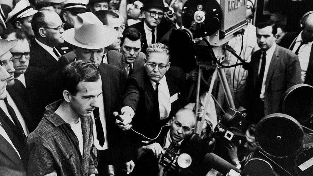Foto: Tres años después, un francotirador disparaba a JFK en su visita a Dallas. (Efe)