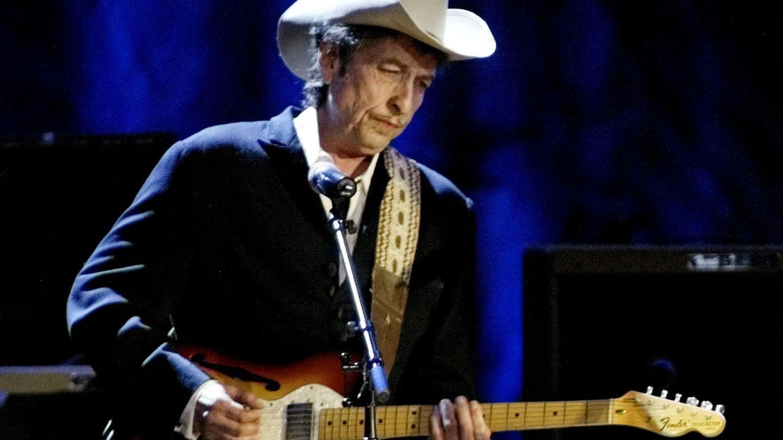 Bob Dylan, durante un concierto en 2004. (Reuters)