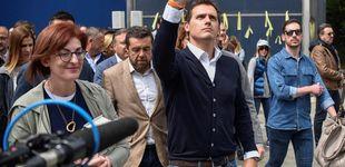 Post de Rivera homenajea a las víctimas en el pueblo de Ternera entre la protesta nacionalista