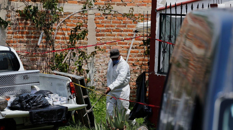 Encuentran 113 cuerpos en el interior de una fosa clandestina en Jalisco (México)