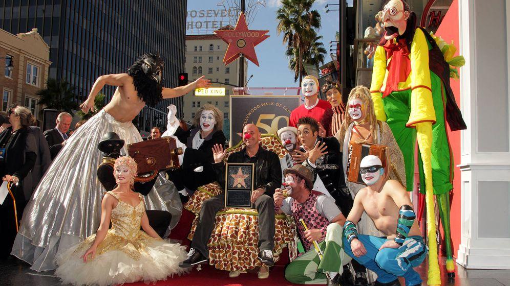 Foto: Guy Laliberté, con su estrella de la fama de Hollywood. (Getty)