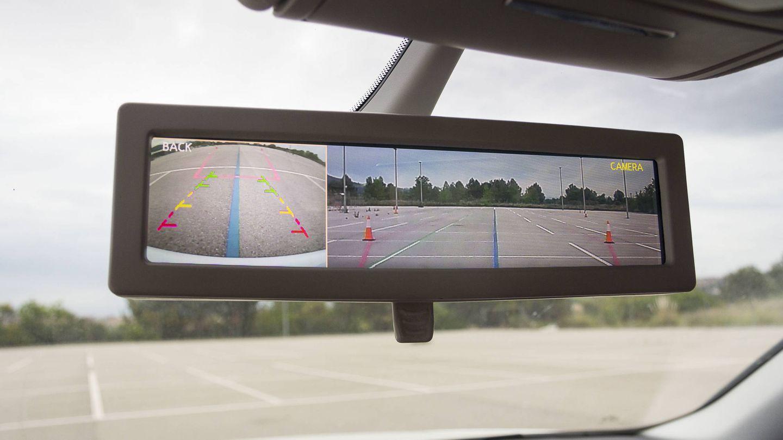 El retrovisor ya no es un espejo: en el futuro serán cámaras y pantallas.