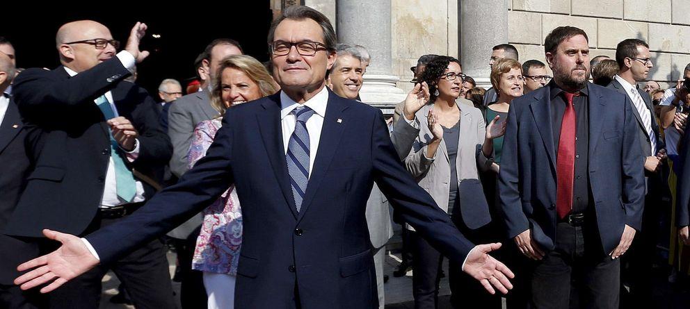 Foto: Artur Mas y Oriol Pujol, al fondo (EFE)