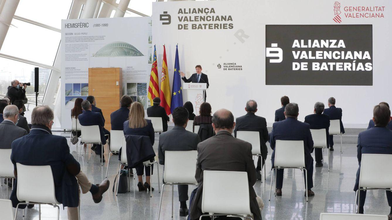 Ximo Puig apadrina la gigafactoría de Power Electronics y cifra en 2.000 M la inversión