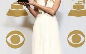 Miley Cyrus: el escote que molestó a la CBS