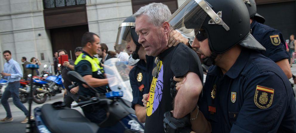 Foto: Jorge Verstrynge, detenido en la protesta republicana