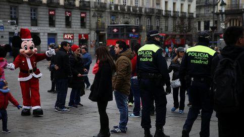 Detenidas por atracar turistas en la Puerta del Sol disfrazadas de Minnie