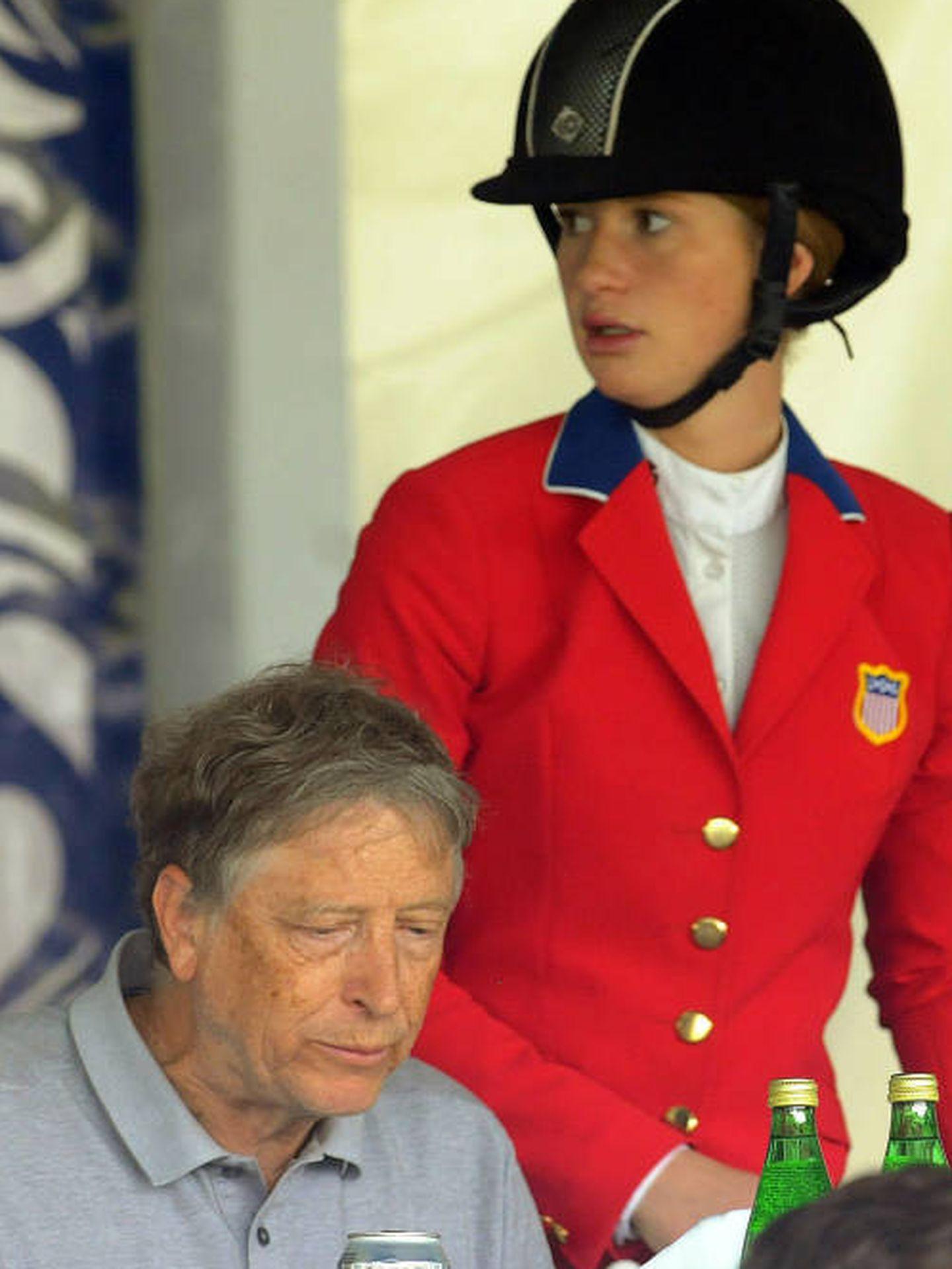 Bill Gates, junto a su hija Jennifer. (EFE)