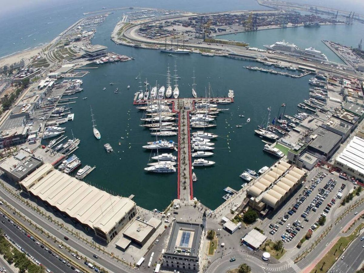 Foto: La Marina de Valencia, antigua dársena del puerto comercial e industrial.