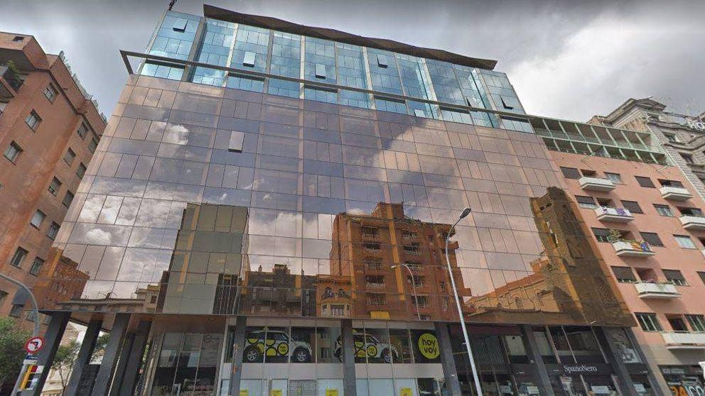 AEW irrumpe en el residencial de alquiler: compra un edificio en Barcelona