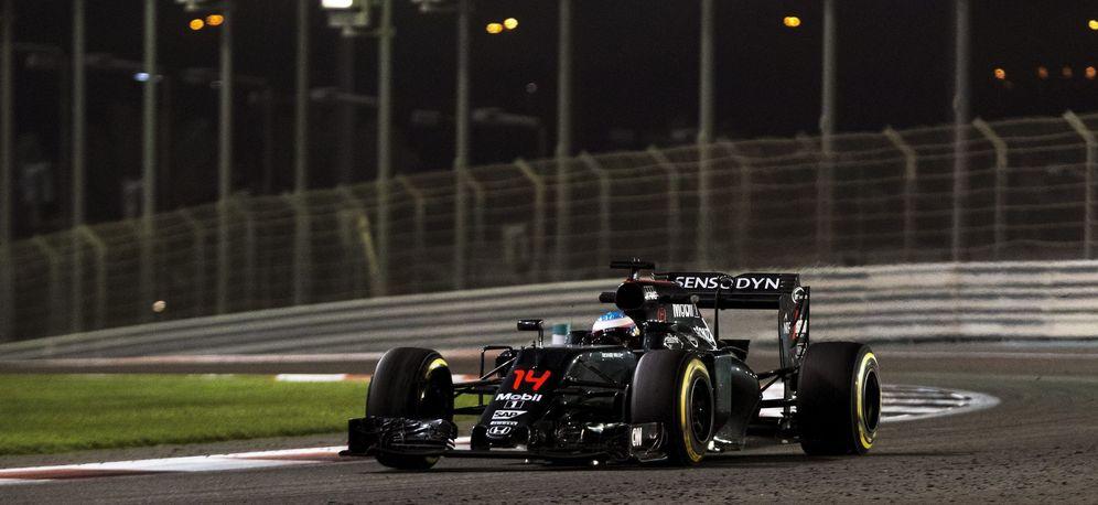 Foto: En la imagen, el McLaren de Fernando Alonso (EFE)