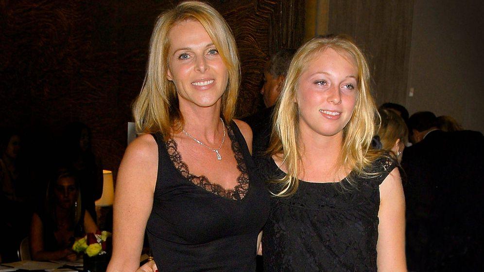 Foto:  Catherine Oxenberg y su hija. (Getty)