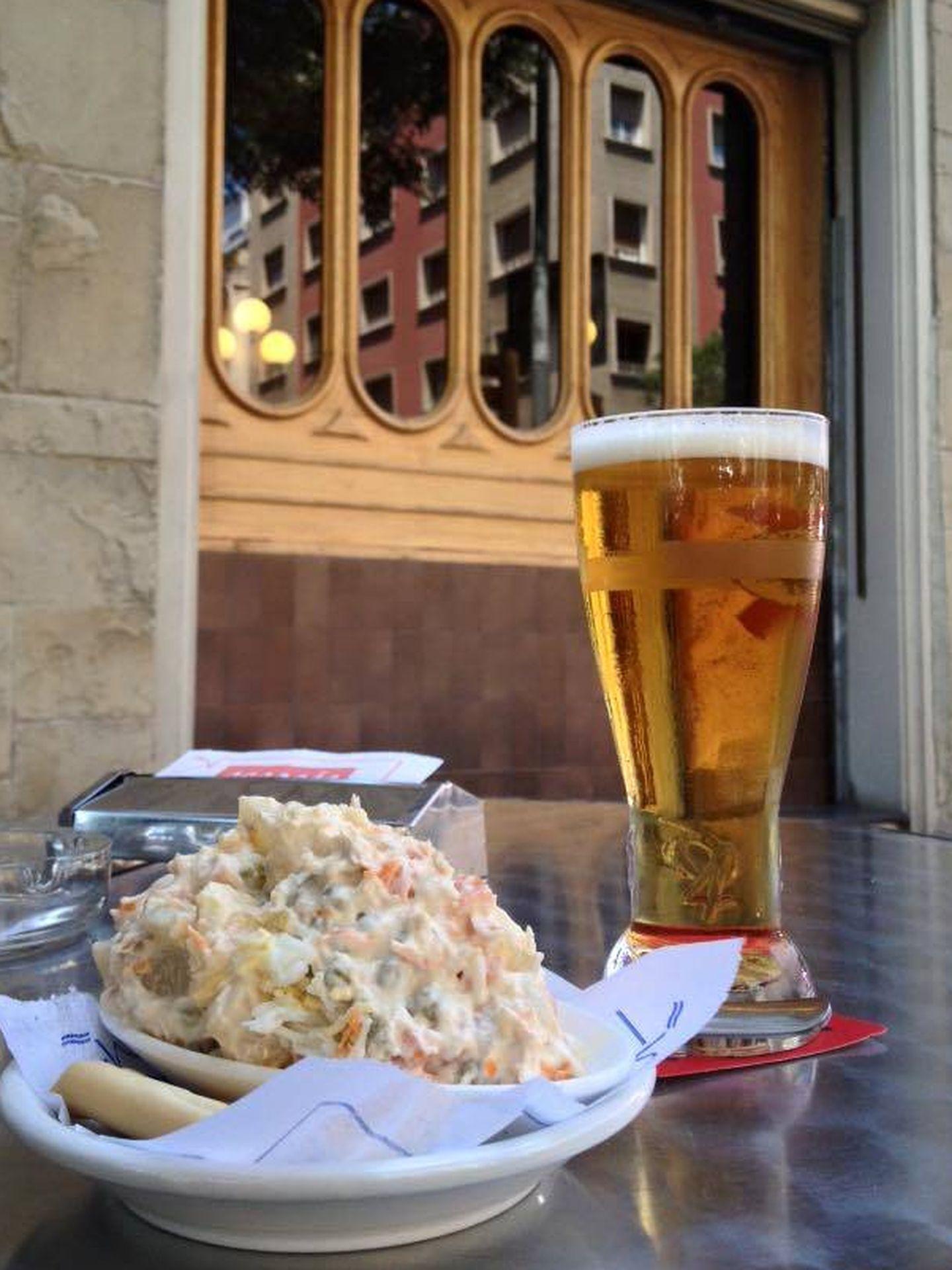La ensaladilla del bar Escocés, un clásico de la ciudad. (Cortesía)