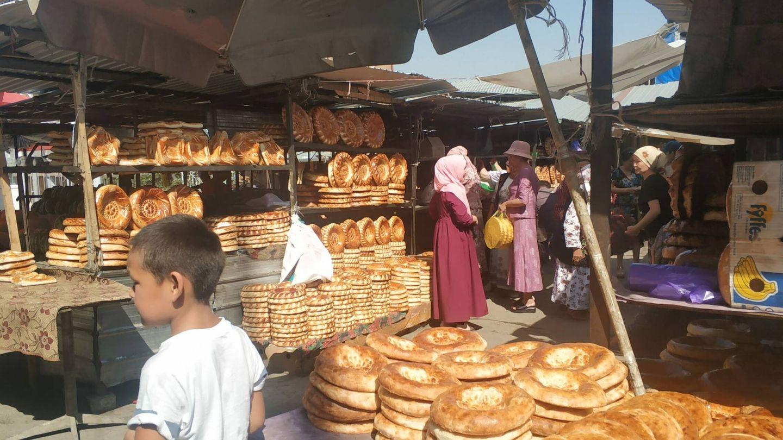 Un mercado en Kirguistán. (S. A.)