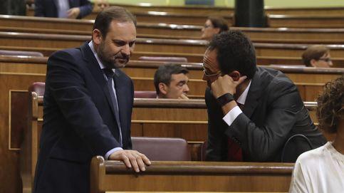 El PSOE recoge el guante de Iglesias para trabajar juntos sin avanzar otra moción