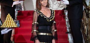 Post de Isabel Preysler, reina de la noche: aclamada y muy atenta con los fans de su hijo