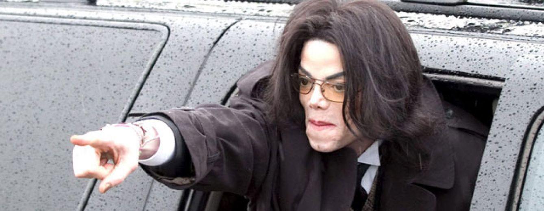 Los médicos trataron durante una hora de resucitar a Michael Jackson