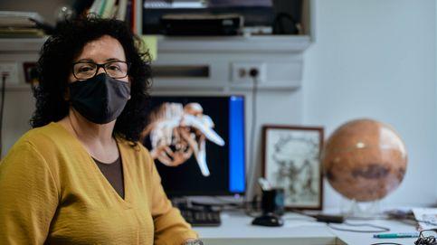 Ha habido mucho vendedor de humo científico haciendo predicciones del virus