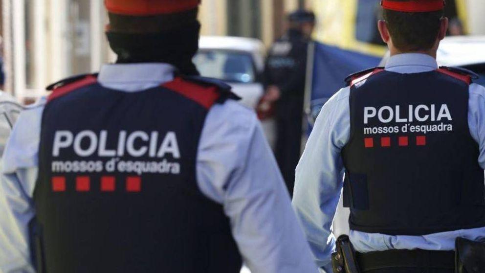 Los Mossos se citaron en secreto para crear el DNI catalán y un software de inteligencia