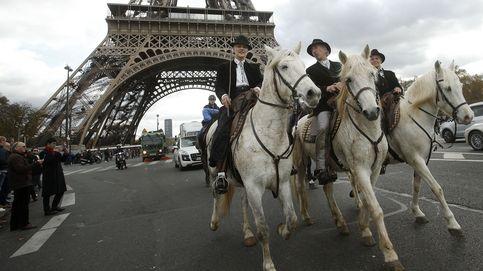 Desfile ecuestre en París