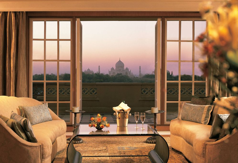 Foto: Salón en el hotel Oberoi Amarvilas, con el Taj Mahal de fondo (Foto: Oberoi Hotels and Resorts)