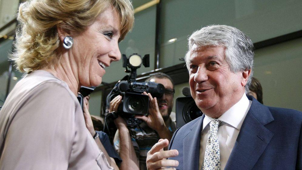 Foto: Esperanza Aguirre y Arturo Fernández