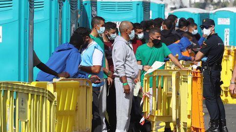 Los vuelos desde Canarias a la Península reactivan la crisis migratoria
