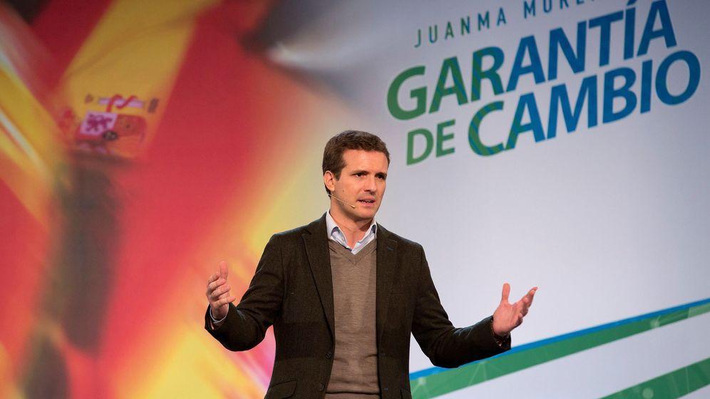 Foto: Casado en acto de campaña en Fuengirola. (Efe - Daniel Pérez)