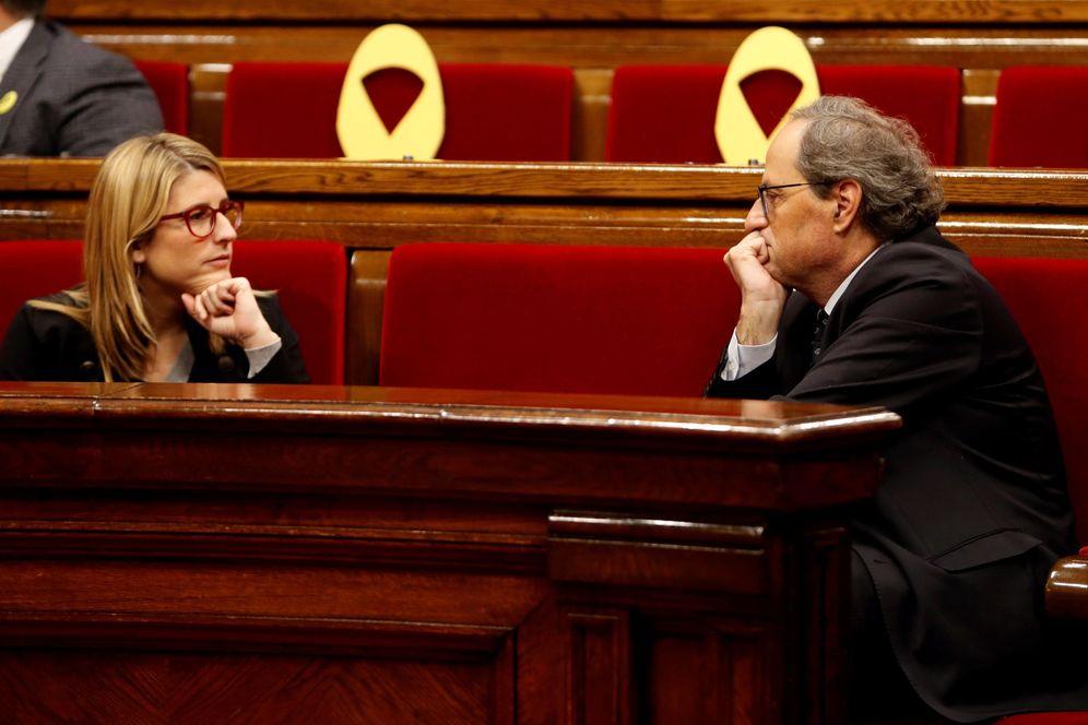 Foto: El 'president', Quim Torra, y la 'consellera' de Presidencia, Elsa Artadi, el pasado 13 de diciembre en el Parlament. (EFE)