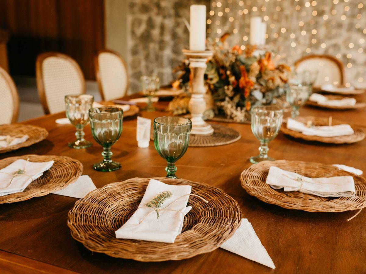 Foto: Distribución de las mesas, trucos para sentar a los invitados en una boda. (Jonathan Borba para Pexels)
