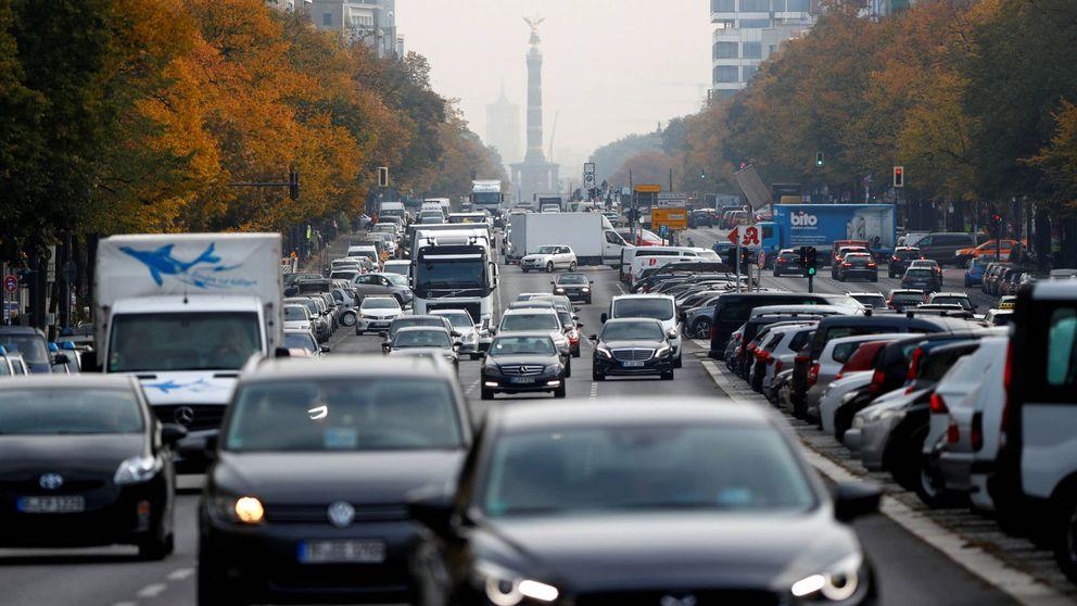 Los vendehúmos del diésel y la gasolina: que intente un político comprar un eléctrico