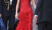 Noticia de Los 5 vestidos más caros que cuelgan en el armario de la Reina Doña Letizia