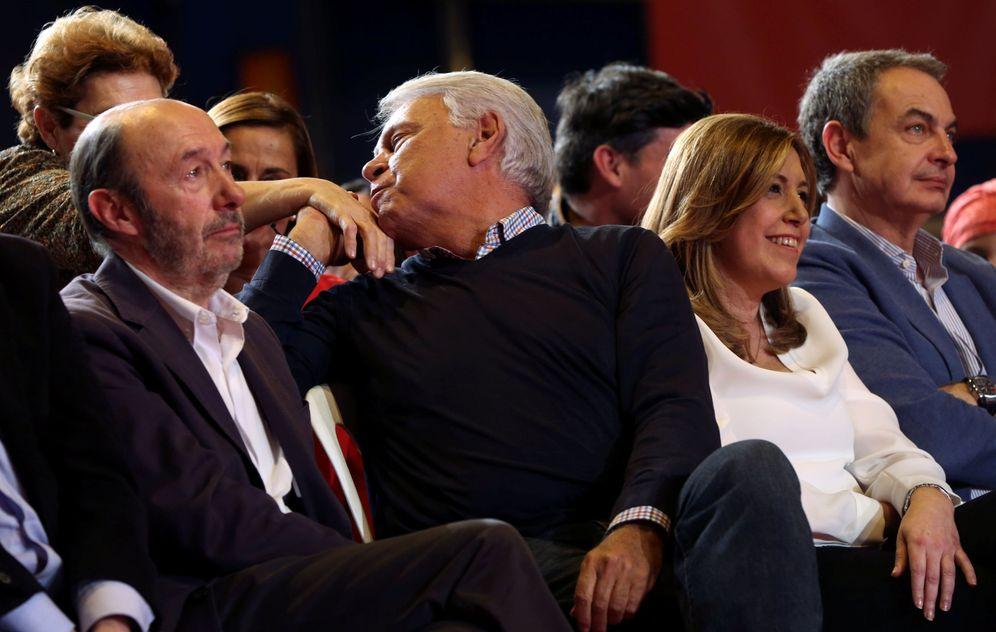 Foto: Alfredo Pérez Rubalcaba, Felipe González, Susana Díaz y José Luis Rodríguez Zapatero, el pasado 26 de marzo en Madrid. (Reuters)