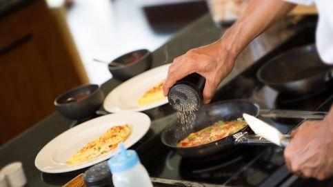 Así puedes arreglar un plato cuando te has pasado con la sal
