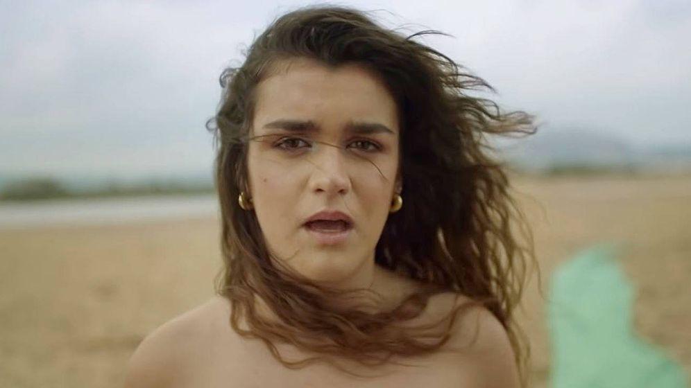 Foto: Amaia Romero en un fotograma de su videoclip 'El relámpago'. (Youtube)