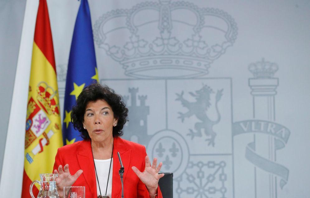 Foto: La ministra portavoz, Isabel Celaá, este 4 de septiembre durante su comparecencia en La Moncloa. (EFE)