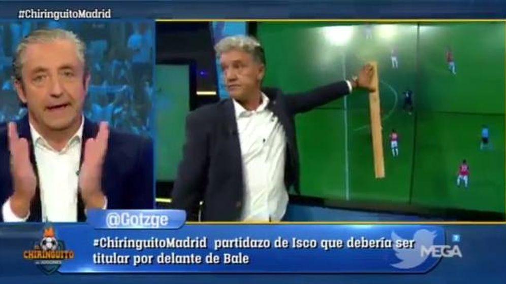 Foto: Josep Pedrerol se avergüenza de la táctica empleada por Rafa Guerrero en 'El chiringuito'.